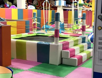 Soft Play Trambolin 2.5x3x1.5m