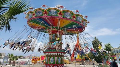 2.El Mini Lunapark